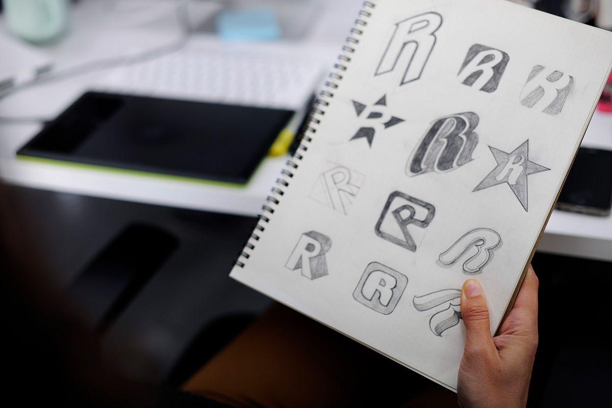 esempio lettering su logo aziendale