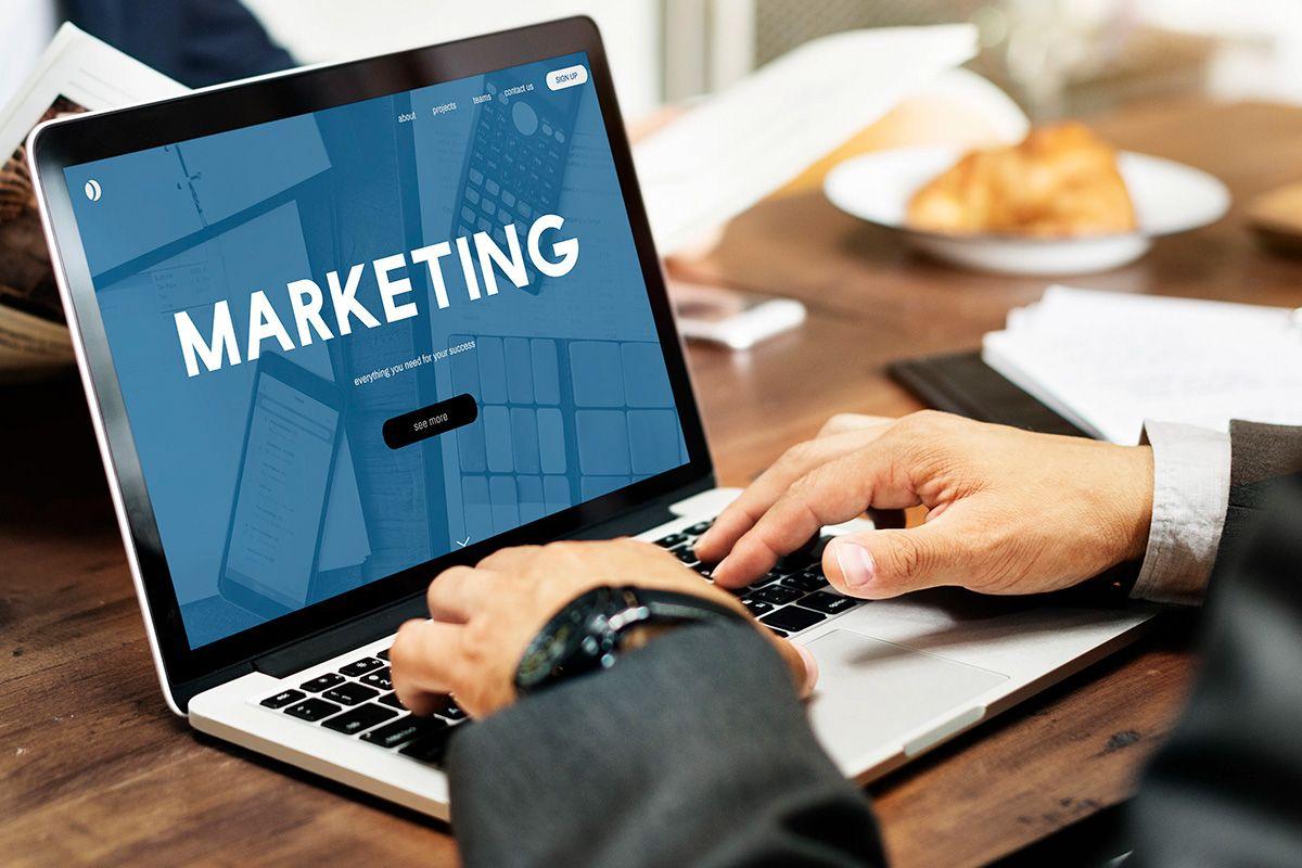 web marketing, servizio di baffelli